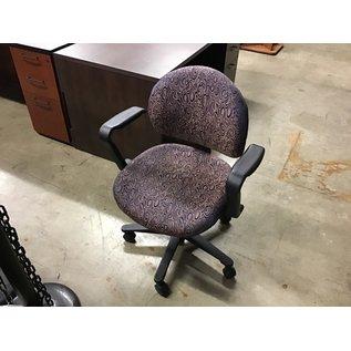 Blue/gold pattern desk chair (10/21/2020)