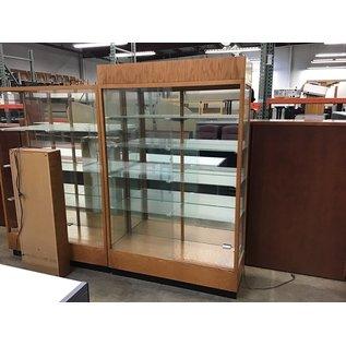 "18 1/2x48x76 1/2"" Wood/glass display case w/light"
