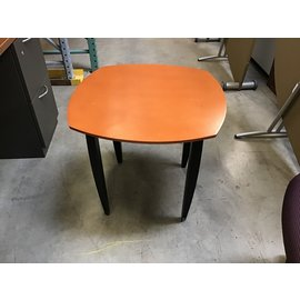 "24x24x22"" Wood top end table (04/22/2021)"