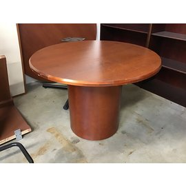 "41 1/2"" Cherry wood single ped round table (10/21/2020)"