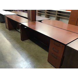 "72x102x72"" Cherry laminate U-Shape desk (10/21/2020)"