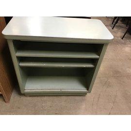 "15""x30""x29"" Green steel case metal stand (11/18/20)"
