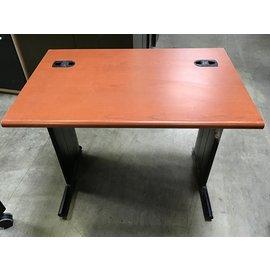 "24""x36""x30"" computer table (11/18/20)"