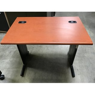 "24""x36""x30"" computer table (11/18/20)"