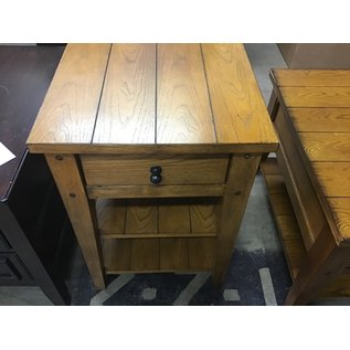 "18x18x26"" Wood end table 1drawer (1/14/21)"
