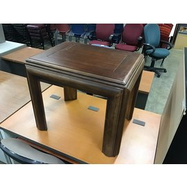 "22x28x23 1/2"" Wood end table (3/4/21)"