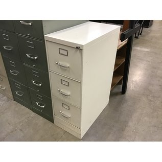 White Steelcase 3 drawer vertical file cabinet (3/4/21)