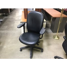Black leather Steelcase desk chair (4/7/2021)