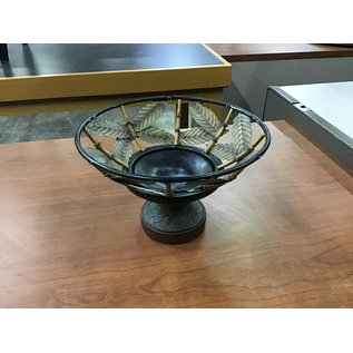 Decorative table vase (4/20/21)