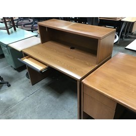 "30x48x44 1/2"" Wood computer desk w/shelf (4/26/2021)"