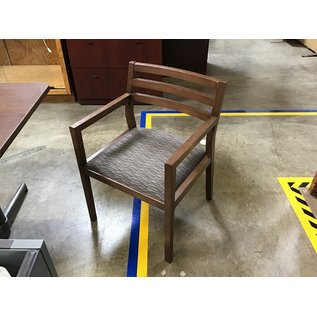 Gray pattern wood frame side chair (5/11/21)