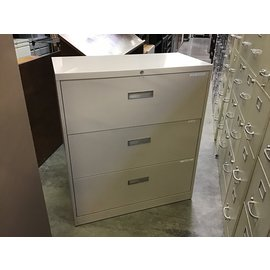 "18x36x41 1/2"" Horizontal 3dr file cabinet (5/12/21)"
