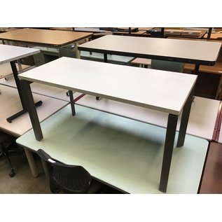 23 1/2x44x28 1/2 White top work table (5/19/21)