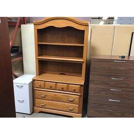 "18x40x76"" Oak dresser 3 drawers/2shelfs (6/15/21)"