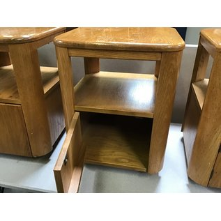 "16x16x21"" Wood wood stand (6/17/21)"