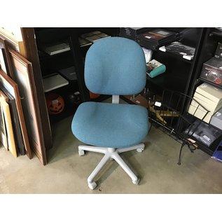 Green desk chair (6/30/21)