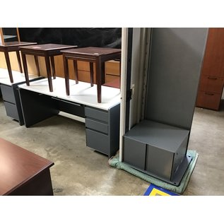 "30x70 Gray metal R/ped desk w/69"" left return (8/25/21)"