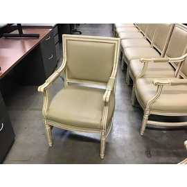 Blonde wood padded seat dining chair w/arms (8/31/21)