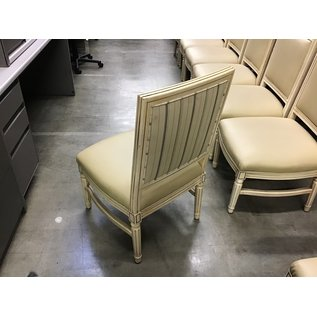 Blonde wood padded seat dining chair w/o arms (8/31/21)