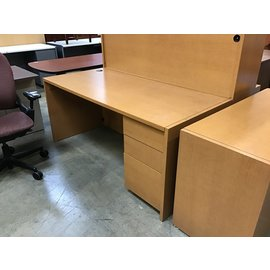 "30x66x29"" Lt oak color wood right pedestal desk 10/5/21"