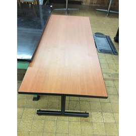 30x72x29 Wood top computer table on castors (10/13/20)
