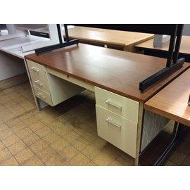 "30x60x29"" Beige metal double pedestal desk (10/06/20)"