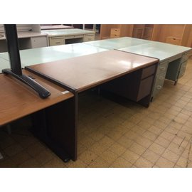 30x60x30 Wood laminate R Pedestal Desk (8/7/18)