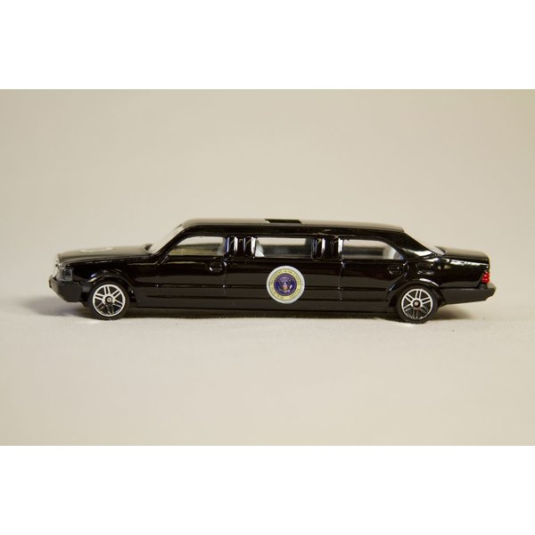 Just for Kids PRESIDENTIAL LIMOUSINE MODEL