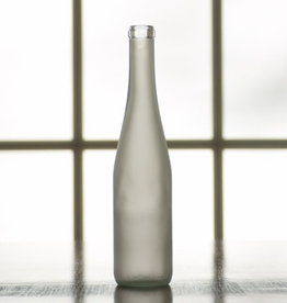 bsg The frosted finish on clear glass provides a classic and elegant look. And the moderate 375 mL volume is perfect for single servings, samples, or gifts.
