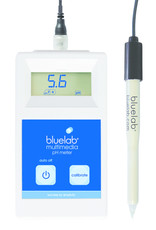 BLUE LAB The perfect, portable way to accurately measure and monitor pH levels in a wide range of media. We have combined the Bluelab® Multimedia pH Meter and Bluelab® Leap™ pH Probe to take fast, accurate measurements in nutrient solution, soil, coco coir, rockwo