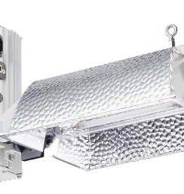Gavita Not only a brand new fixture, but also a brand new lamp! The new Gavita 6/750W 400V EL DE lamp has an efficiency of 2 umol s-1 per Watt in a wide control range of 600-825W. Now that is flexibility! At 825W it rivals air cooled 1000W HPS fixtures with an o