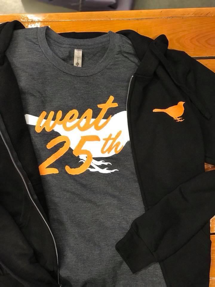 West 25th Bar Cento T-Shirt
