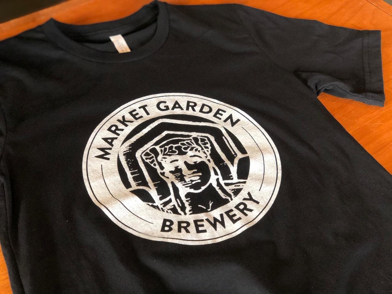Black Circle Badge T-Shirt