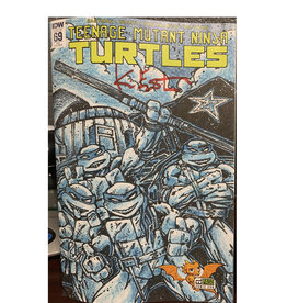 IDW Publishing TMNT #69 EPCON Variant Signed by Kevin Eastman