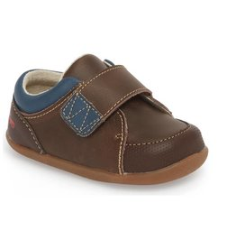 See Kai Run Graham Sneaker Walker - Leather