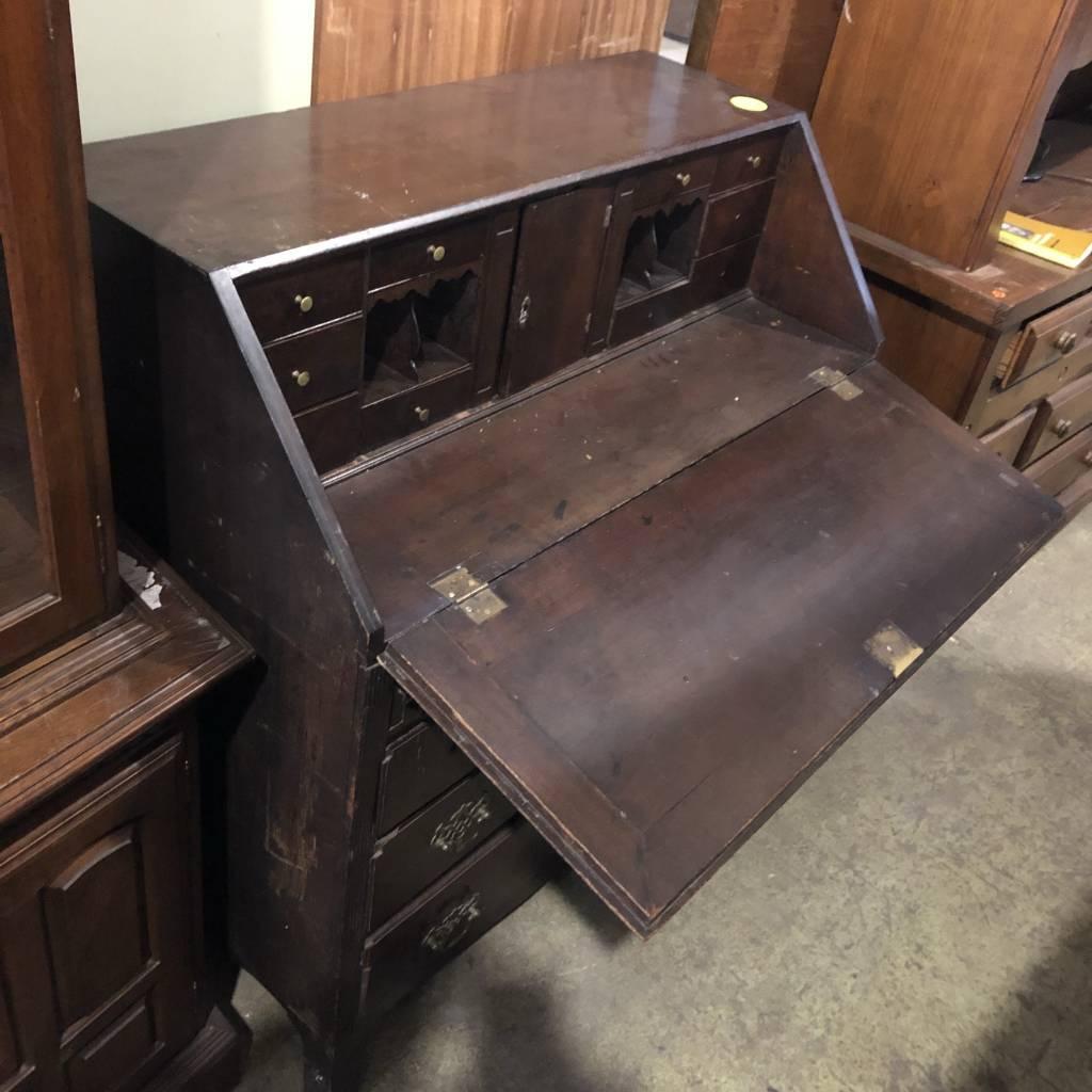Secratary Desk/Dresser #YEL