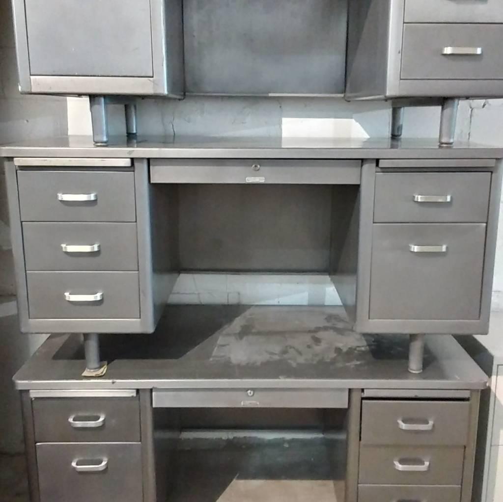 Vintage Brushed Steel McDowell & Craig Tanker Desk#YEL