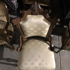 Vintage Gothic-style Chair #BLU