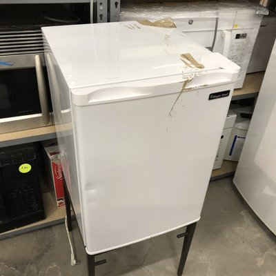 Magic Chef Mini-Fridge