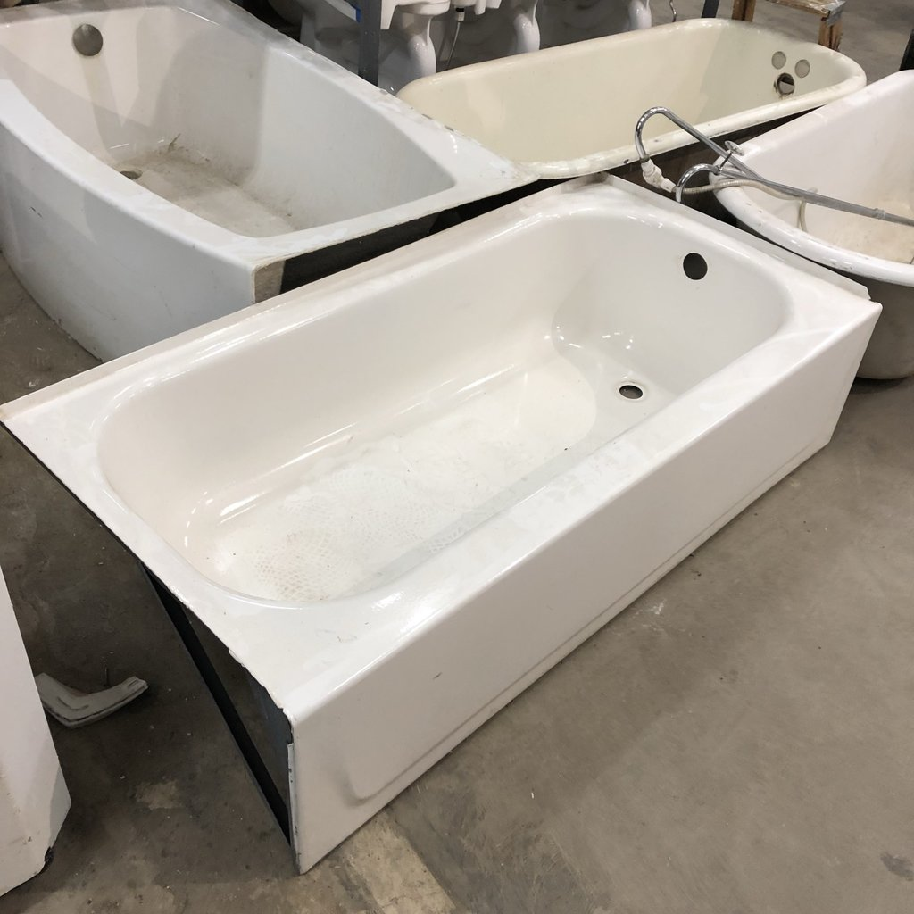 White Cast Iron Tub