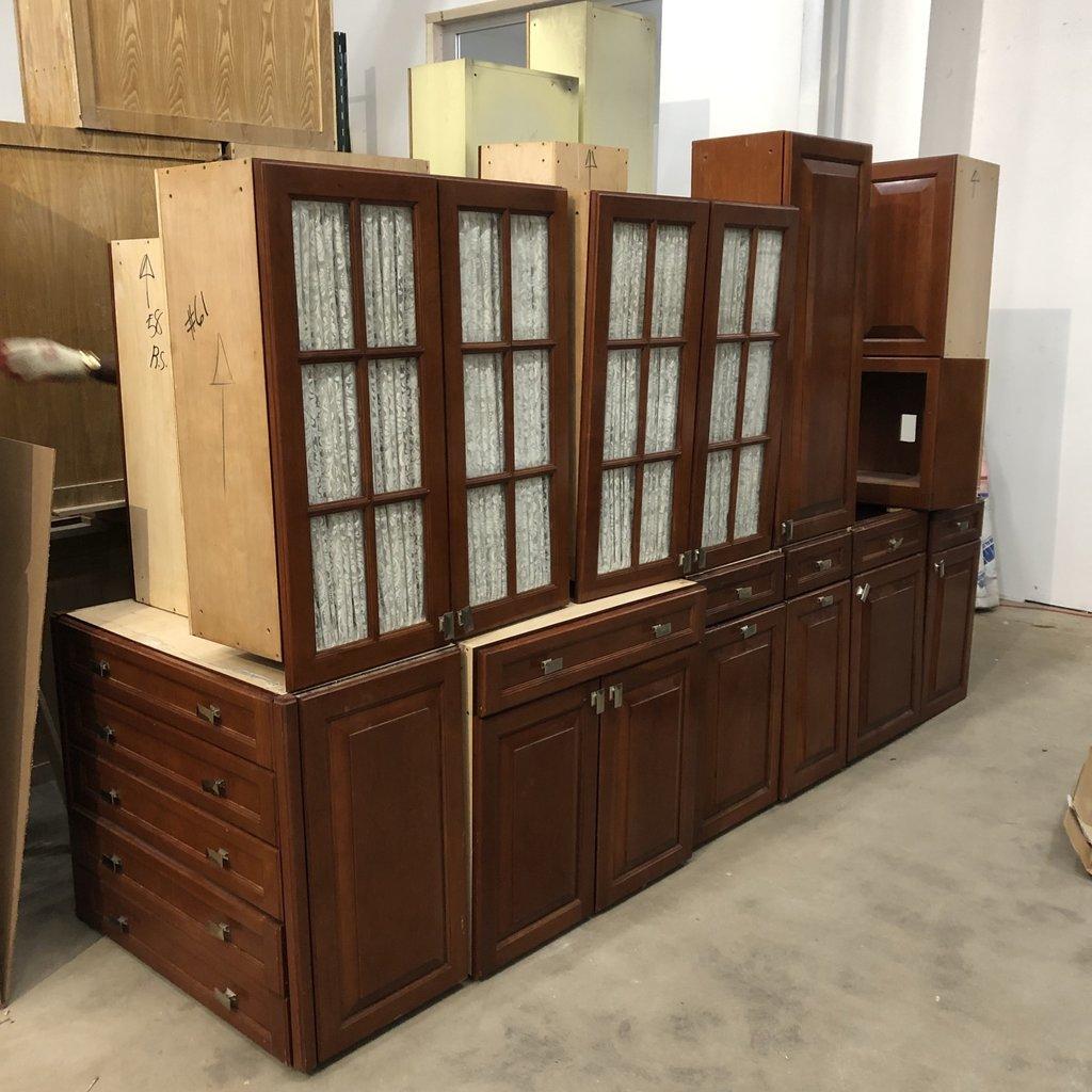 Cherry Mahoganny Cabinet Set