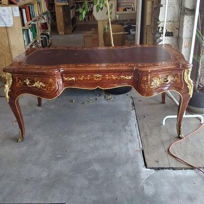 Ornate 20th Century Leather Top Bureau Desk