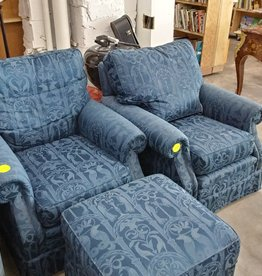 Vintage Blue Animal Kingdom Print Chair-W-Ottoman