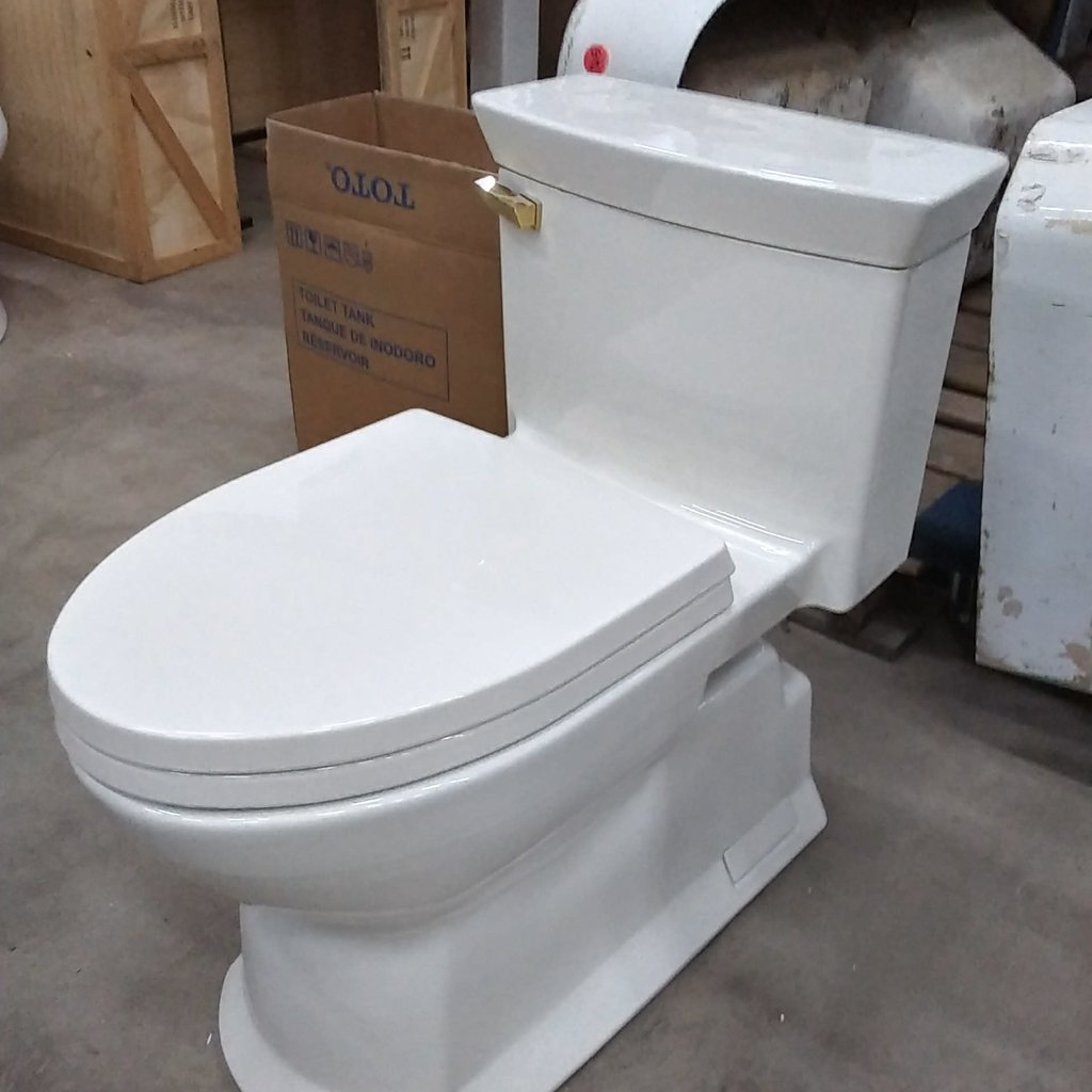 Toto Linen One-Piece Toilet