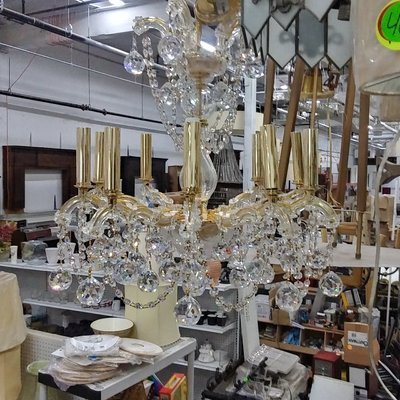 10-light Chandelier