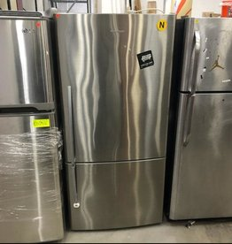 Fisher & Paykel Refrigerator #GRE