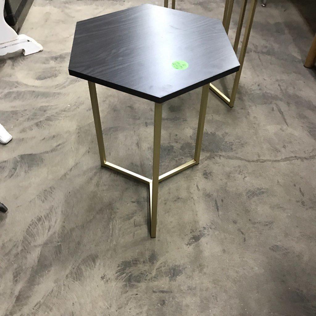 Semi-Nesting Side Tables #GRE