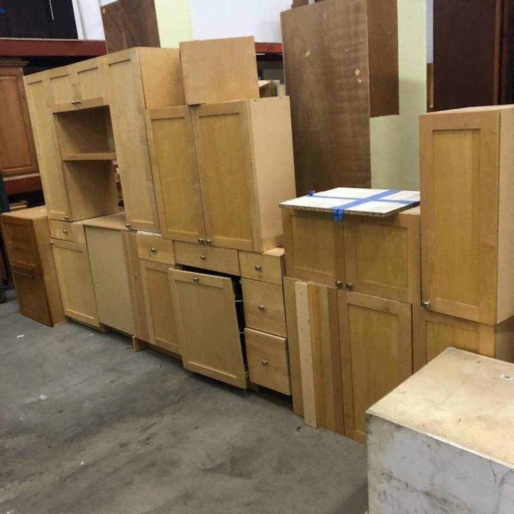 White Oak Veneer 7 Piece Cabinet Set