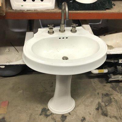 Kohler Pedestal Sink