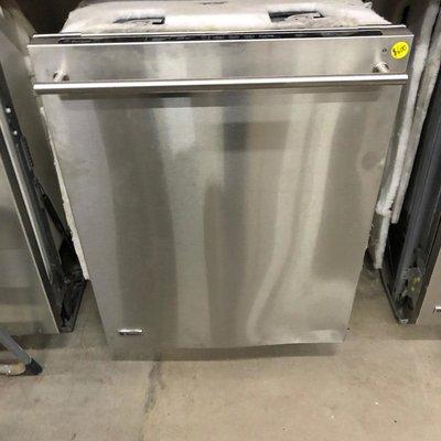 GE Monogram Stainless Dishwashwer